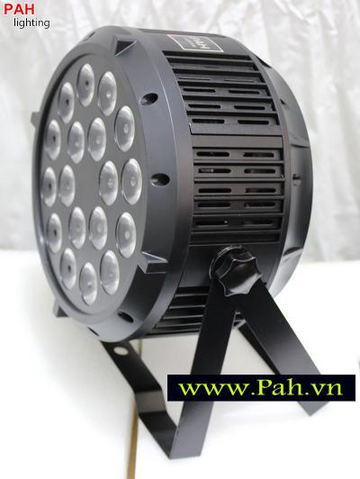 Đèn LED Pha Sân Khấu FARA 18x8W Siêu Sáng 4