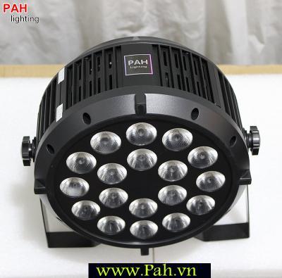 Đèn LED Pha Sân Khấu FARA 18x8W Siêu Sáng 7